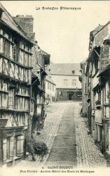 Rue Fardel, ancien Hôtel des ducs de Bretagne  |