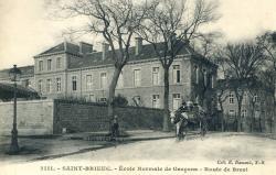 Ecole normale de garçon. Route de Brest  |