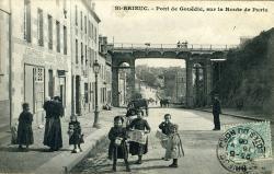 Pont de Gouëdic, sur la route de Paris  |