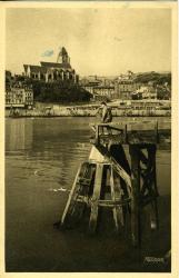 Le Tréport-Eu-Mer. Le Tréport : le port vu du Pont tournant   