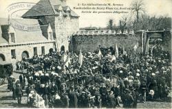 La réélection de M. Armez. Manifestation du Bourg-Blanc (25 avril 1910). Arrivée des premières délégations    Armez, Monsieur
